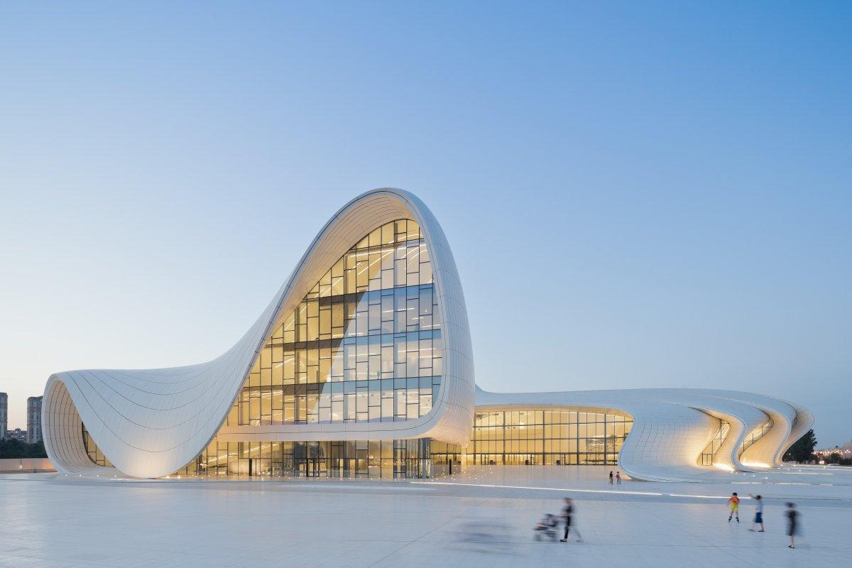 Formakers heydar aliyev center zaha hadid architects for Architecture zaha hadid