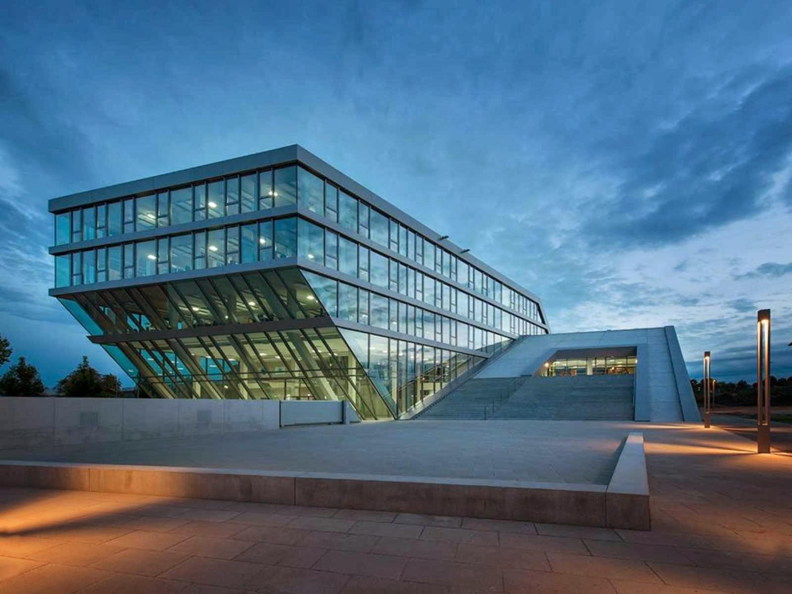 Formakers hahn kolb headquarters sigrid for Kolb architekt