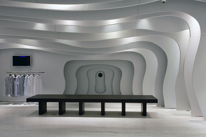 FORMAKERS - BOUTIQUE RUNWAY / CLS ARCHITETTI